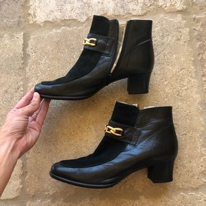 BALLY Suede and Leather and Gold Booties Size 39